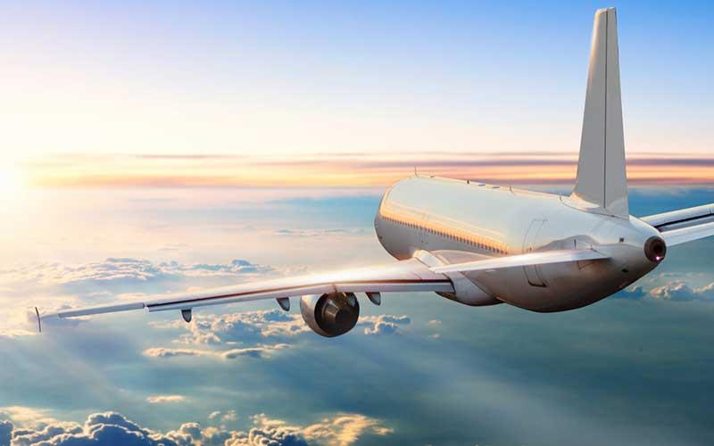 ケガや病気の方を航空機で搬送する