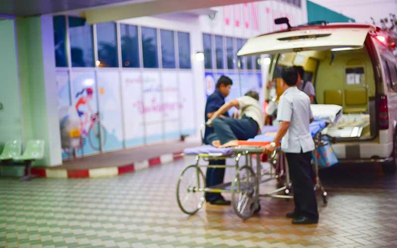 民間救急と介護タクシーの違い