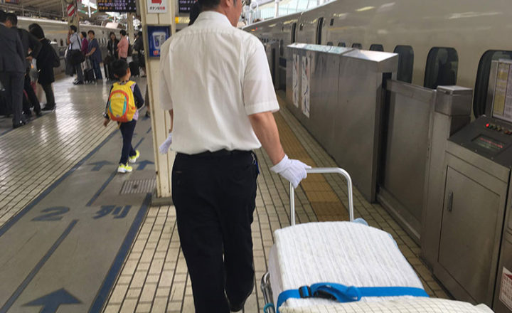 新幹線ストレッチャー 送迎